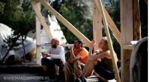 Eco-architect Alejandro en bio-constructeur/ontwerper Stef @ Mas con Menos